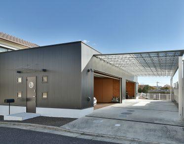 長岡町のガレージハウス